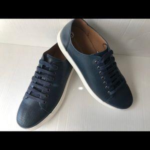Donald J Pliner mens navy leather sneakers